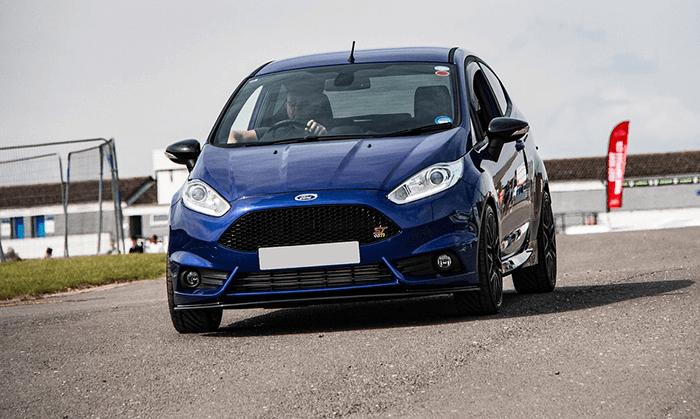 Ford Fiesta EU Neuwagen und Jahreswagen zum TOP Angebot bei Autotreu